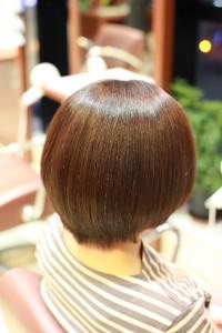 縮毛矯正 ツヤツヤ ふんわり縮毛矯正 ツヤ髪 手触りの良い髪型 膨らまない