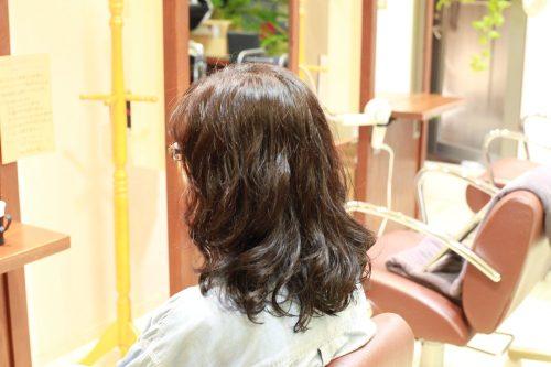 新宿区 上落合 中井駅 美容院 美容室 デュース 電子トリートメント  クリニックカット ハサミ トリートメント    髪 傷み 美髪 ツヤ髪 ツヤツヤ 艶 エアーウェーブ 柔らか カール 大きめ 傷まない 縮毛矯正 自然なストレート ツヤのある髪 サラサラ  広がり