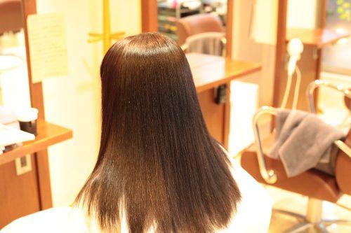 新宿区 上落合 中井駅 美容院 美容室 デュース 傷まない 縮毛矯正 自然なストレート ツヤのある髪 サラサラ  ふわっとした縮毛矯正