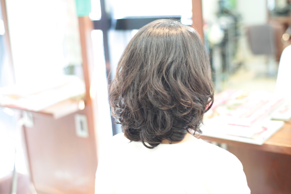 デジタルパーマ 新宿区 上落合 中井駅 美容院 美容室 デュース 電子トリートメント HairSalon D's  髪 傷み 美髪 ツヤ髪 ツヤツヤ 広がる髪